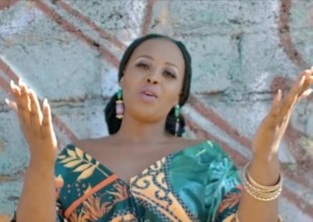 Bendingayazi - Lhuntuza Gwaza