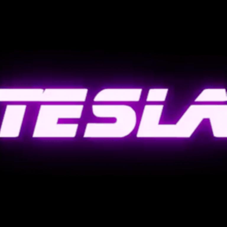 Cali Cartier TeslaCali Cartier Tesla